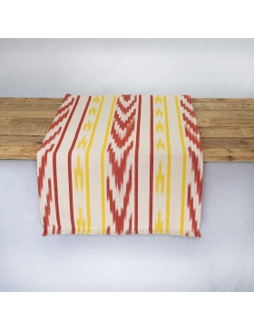 Table runner Ofre Red and...
